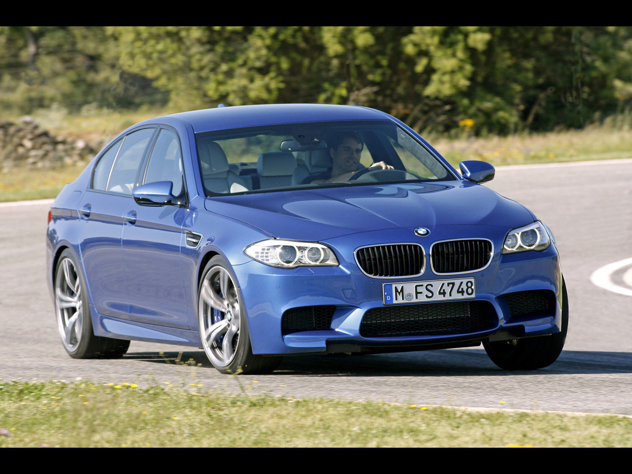 2012 BMW M5 Front Angle Speed Corner BMW M5
