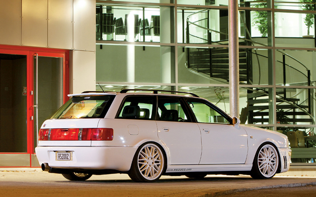 1995_audi_rs2_avant_wallpaper-