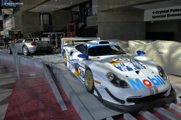 97-Porsche-911-GT1-Evo-DV-09_NY-02