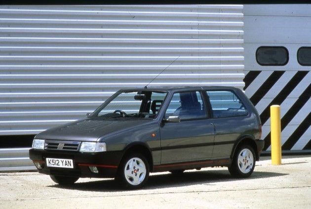 fiat-uno-13-turbo-ie-06