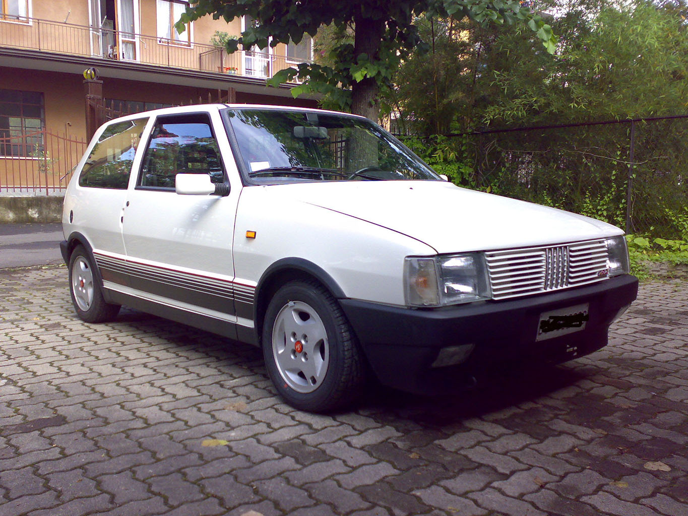 1989 fiat uno turbo ie related infomation specifications. Black Bedroom Furniture Sets. Home Design Ideas