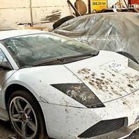 349738 200x200 Dezenas de automóveis de luxo a apodrecer na Roménia