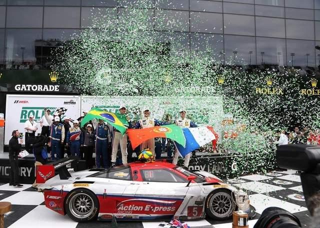 joao barbosa daytona podio João Barbosa vence as 24h de Daytona