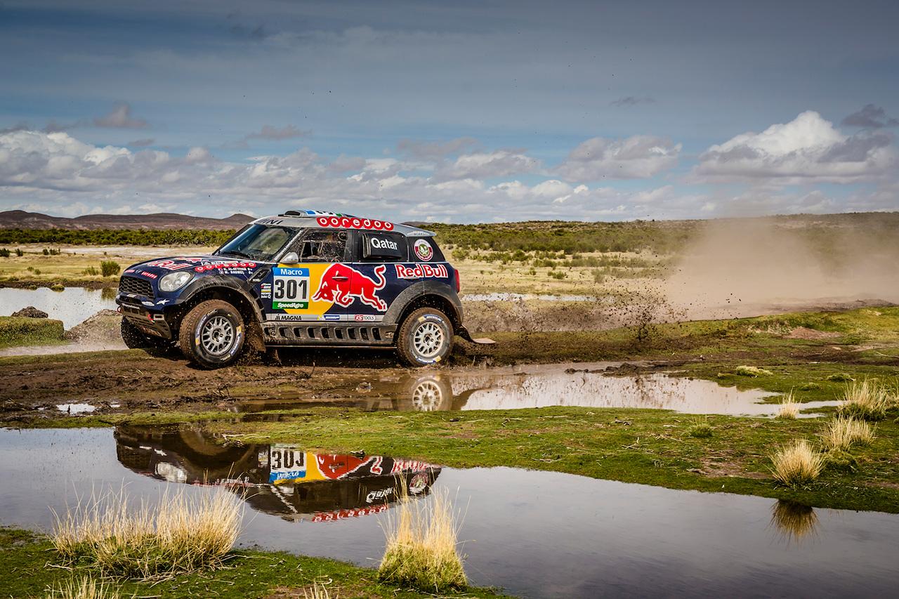 mini dakar 4 A MINI festejou o seu quarto triunfo consecutivo no Rally Dakar