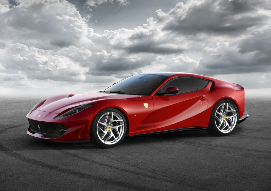 36b88bd2305d320d639e9f00437f664b XL Ferrari 812 Superfast – O sucessor do F12