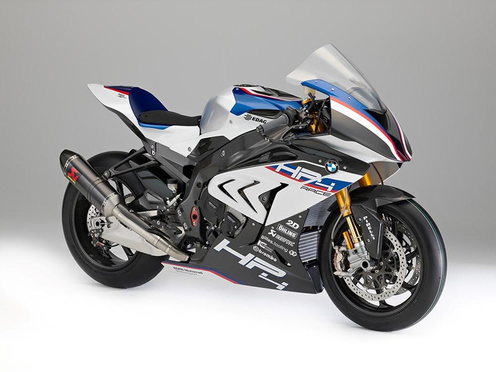 HP4 RACE 020 BMW HP4 RACE – A superbike germânica para as pistas