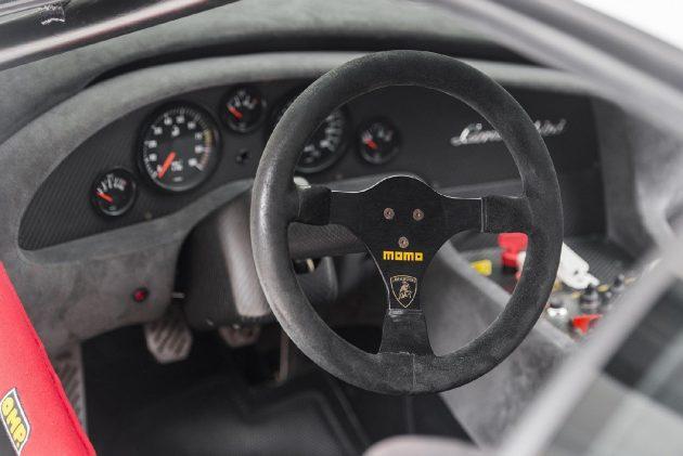 gallery 1494347131 793900515 5 630x421 Lamborghini Diablo GTR – Para venda