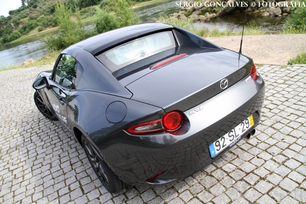 mx5rf5 630x420 Mazda MX 5 RF – Teto retrátil garante outras qualidades