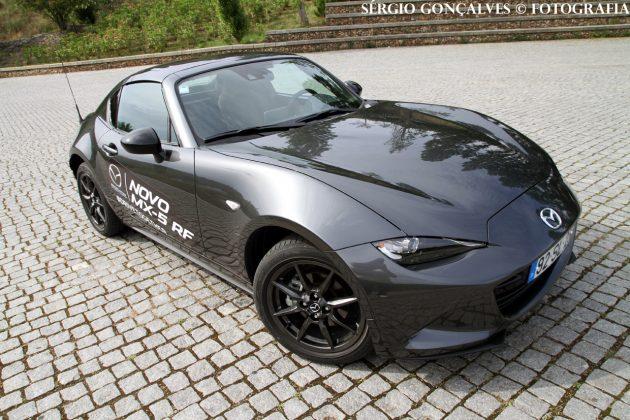 mx5rf7 630x420 Mazda MX 5 RF – Teto retrátil garante outras qualidades