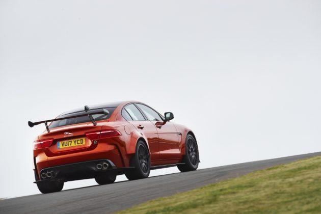 44d6ca209973774fccd60ef615ee197c 4 XL 630x420 Jaguar XE SV Project 8 – Felino no ataque à concorrência