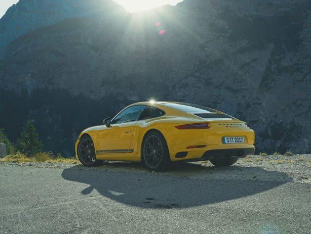 22688778 1974076472810666 5041172245112630377 n 630x473 Porsche 911 Carrera T – O mais leve da atualidade
