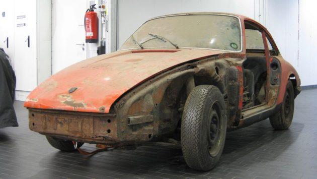 high 911 barn find 2017 porsche ag 1 630x355 A Porsche restaurou um fantástico e raro 901 de 1964