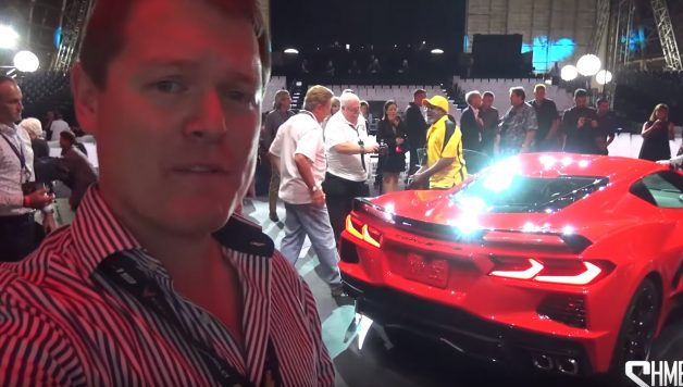 Untitled 1 copy 1 628x356 Shmee na apresentação mundial do novo Corvette com preço base abaixo dos 60.000 dólares