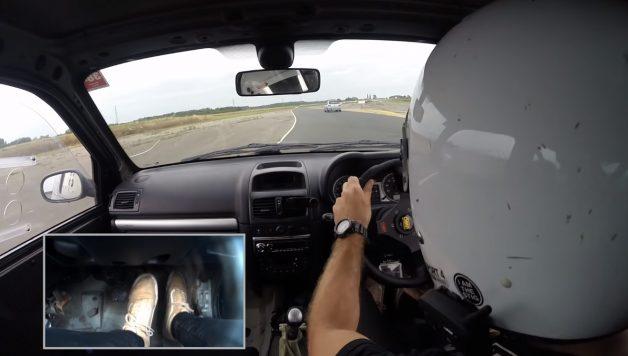 track1 628x356 Camber and Combustion – Mais um vídeo brutal da batalha em pista entre Clio RS e o 306 GTi