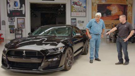 Untitled 1 copy 1 430x244 Jay Leno apresenta o novo Ford Mustang Shelby GT500
