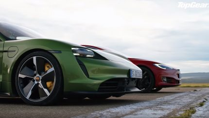 fdfdg 430x244 Porsche Taycan Turbo S vs Tesla Model S – Topos de gama em duelo