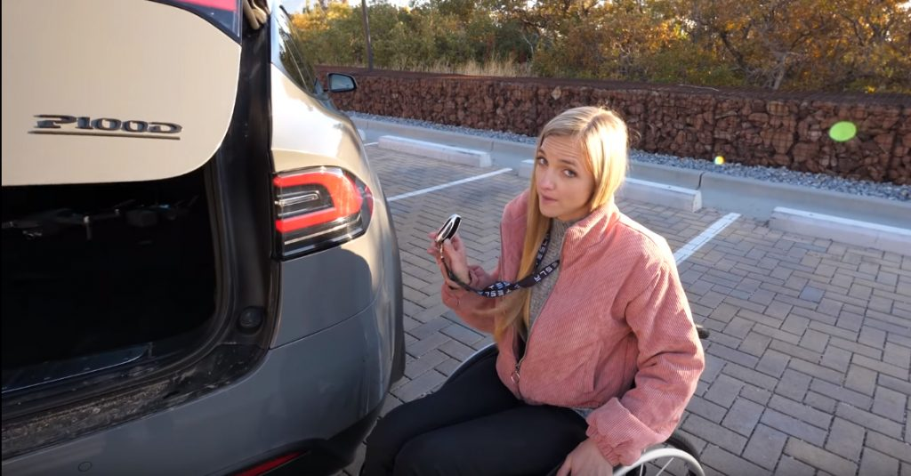sadasdasd 1024x535 O Tesla Model X é provavelmente um dos melhores automóveis para pessoas em cadeiras de rodas