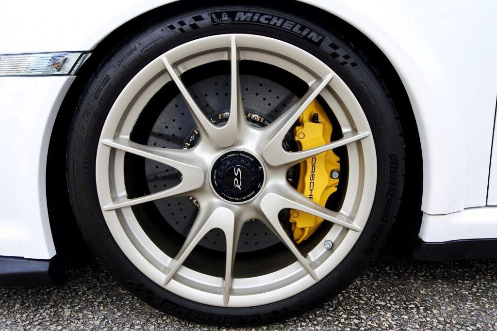 EDN NCAUTO 7620755 0 1024x683 Porsche 911 GT2 RS – A última geração com caixa manual