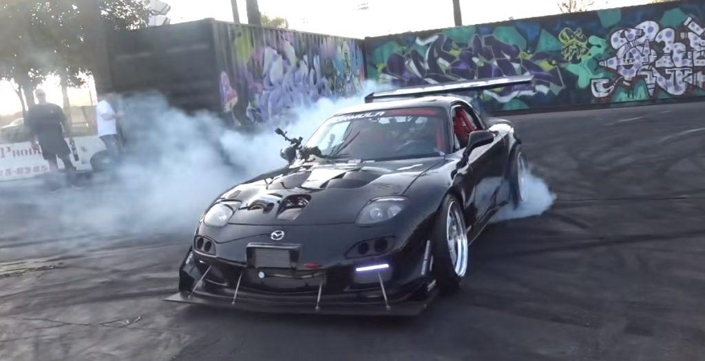 rx7 1024x525 Mazda RX 7 com 4 rotores e 1000 cavalos de potência com som demoníaco