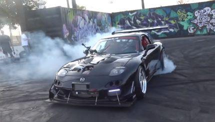 rx7 430x244 Mazda RX 7 com 4 rotores e 1000 cavalos de potência com som demoníaco