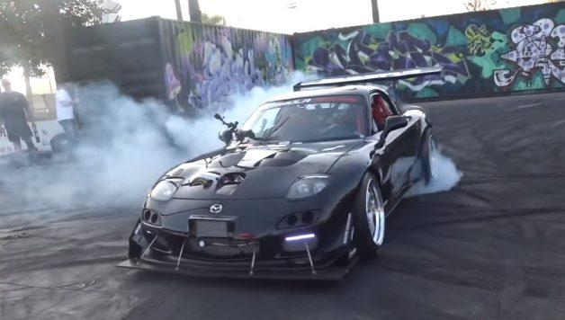 rx7 628x356 Mazda RX 7 com 4 rotores e 1000 cavalos de potência com som demoníaco