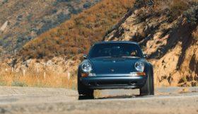singer 280x161 Henry Catchpole conduz o incrível Porsche 911 Reimagined by Singer