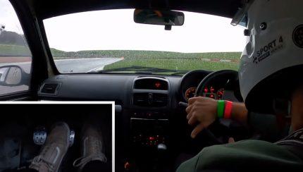 clio rwd 430x244 Camber and Combustion mostra nos como fazer drift num Clio RS