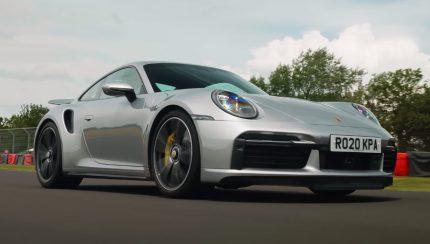 turbos 430x244 Porsche 911 Turbo S (992)   O super herói da gama