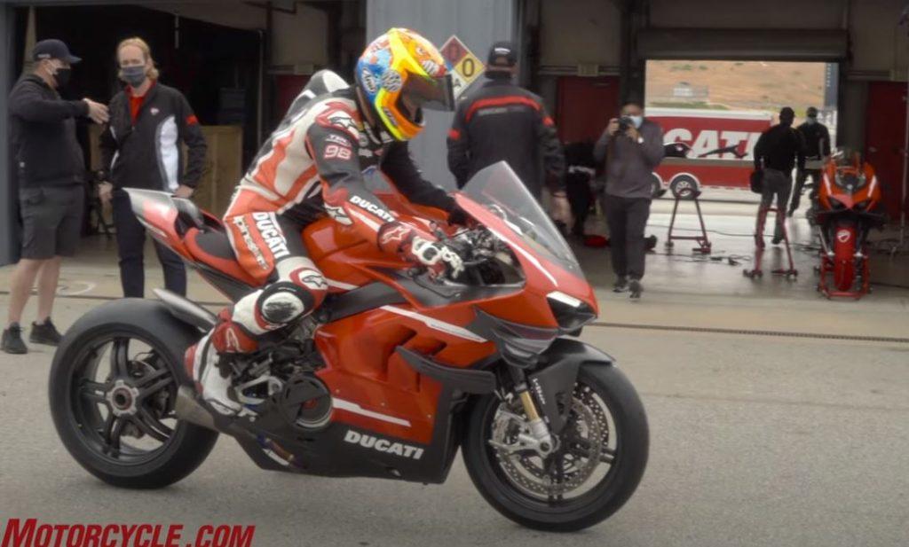 v4 1024x617 Ducati Superleggera V4   234 cavalos para 159 kg de peso