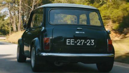 mini 430x244 ÍCONES   A história de um Mini abandonado debaixo de uma oliveira