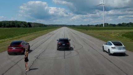 teslas 430x244 Throttle House   Jeep Trackhawk enfrenta Tesla Model Y Performance e Model X Performance